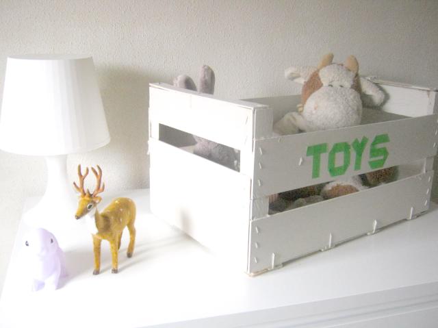 caja reciclada juguetes