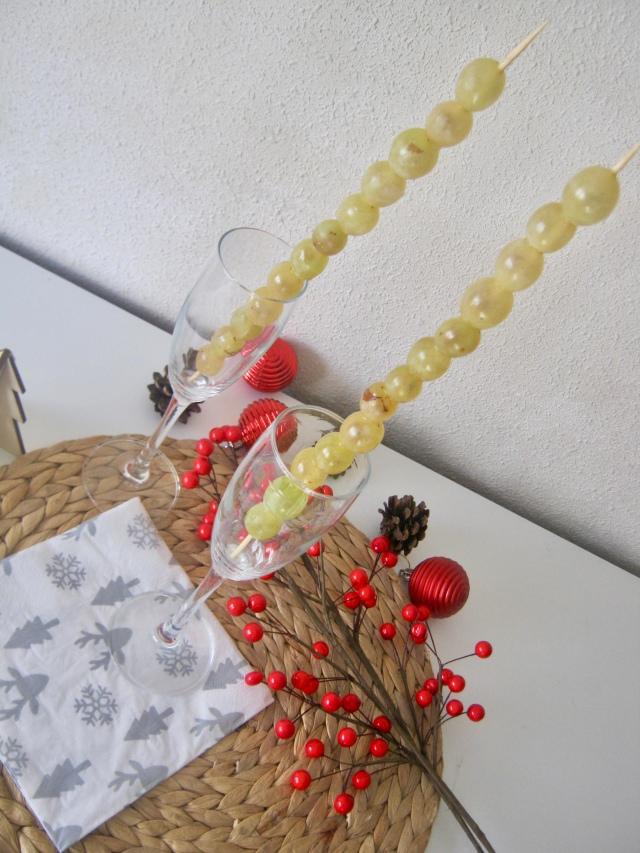 brochetas uvas nochevieja