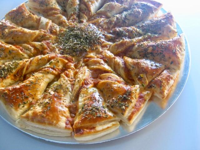 estrella pizza de hojaldre